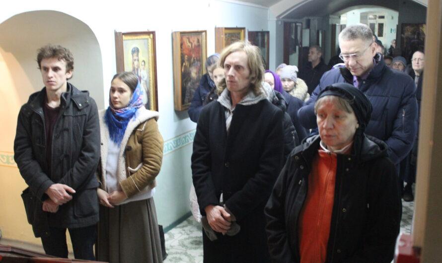 День памяти мучеников Хрисанфа и Дарии (31 марта 2020). Фото со службы