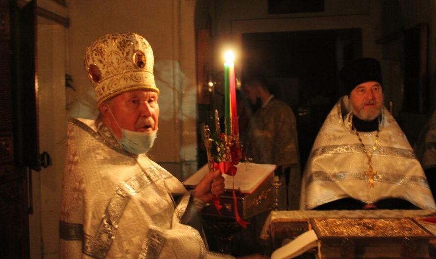 Празднование Пасхи в нашем соборе. Фотографии со службы