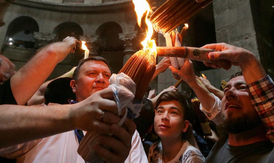 В наш храм доставлен Благодатный огонь из Иерусалима