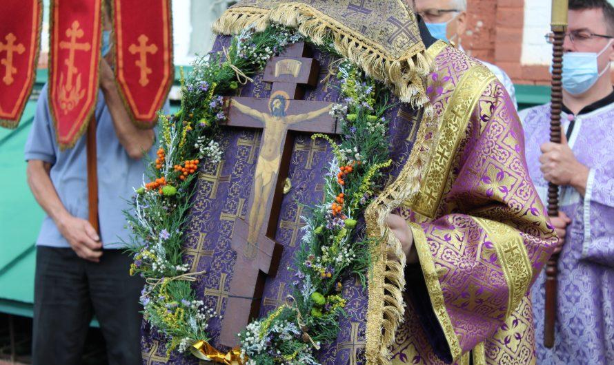 Праздник Происхождения Честных Древ Животворящего Креста Господня. Фотографии со службы