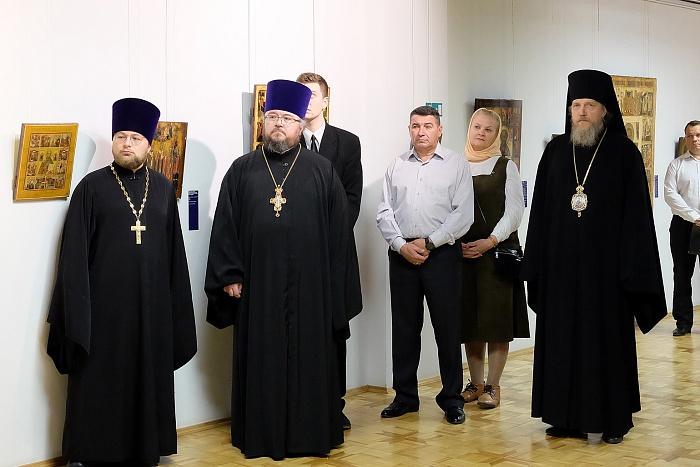 Завершилась реставрация образа Святителя Николая Зарайского